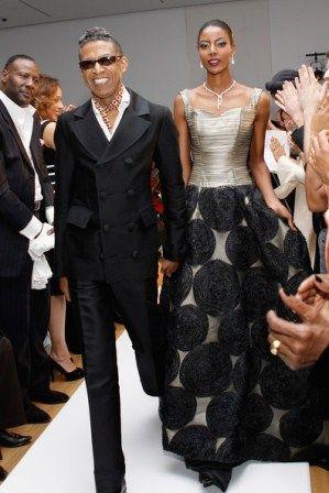 New York On Wednesday February 15th 2012 Famed Fashion Designer B Michael Presented The B Michael America C Fashion Glamour Dress Black Fashion Designers