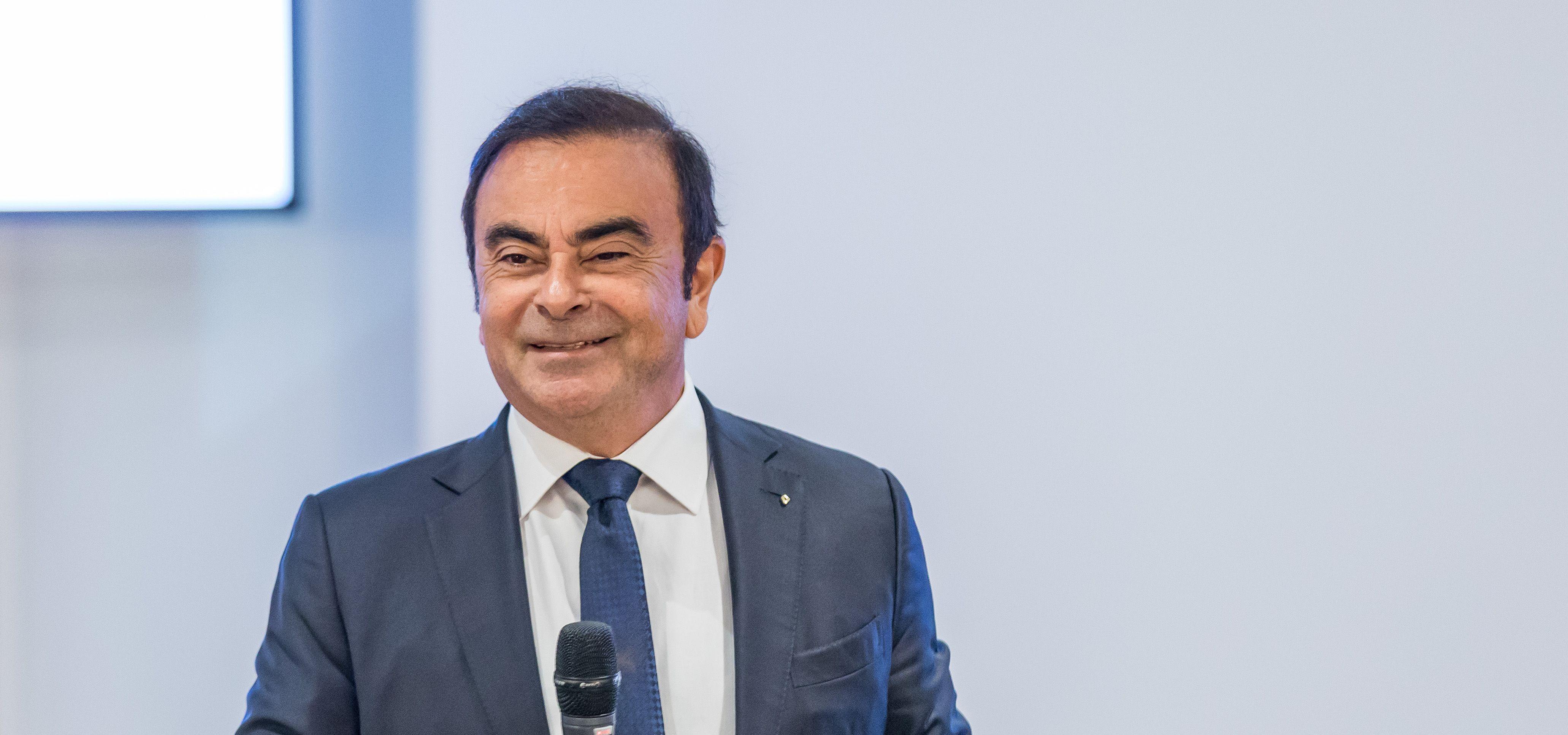 Carlos Ghosn remplacé à la tête de Renault Renault