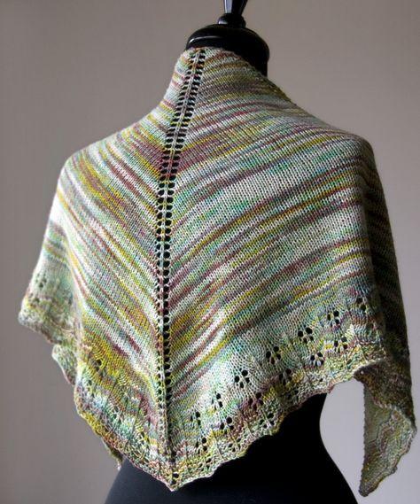 26870b66cf86 Free Knitting Pattern  Oaklet Shawl