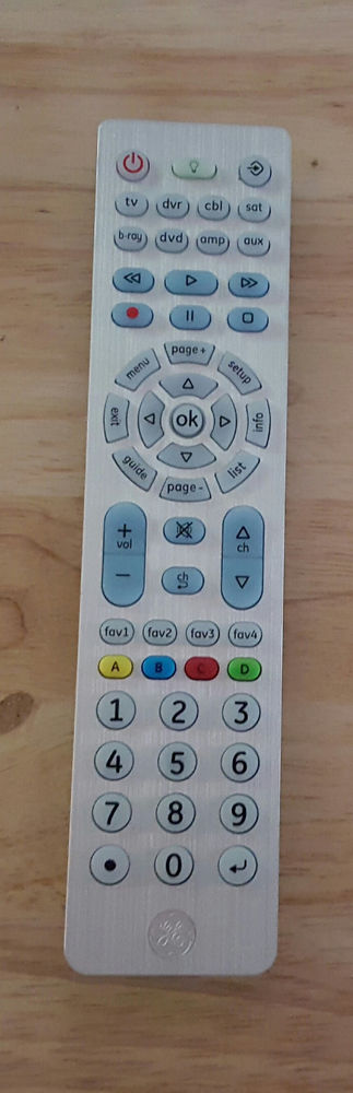 Mpn 30758 Ge Jasco Simple Setup Universal Remote Fully Backlit Keypad The Remote Appears To Be Unused An Universal Remote Control Remote Control Remote