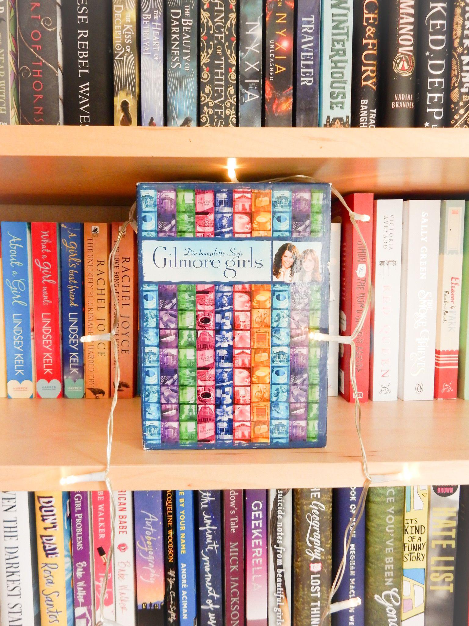 Gilmore Girls Serie Lauren Graham Alexis Blodel Bookshelf Stars Hollow Star Wars Einfach