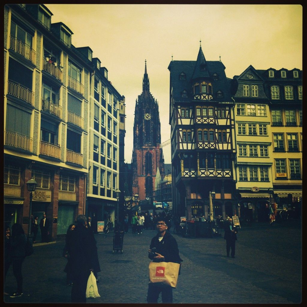 Killing time in Downtown Frankfurt, Germany - Beth Anne's Best