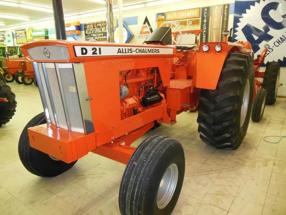 Allis Chalmers D 21 Didn T See A Lot Of These Custom Wheels