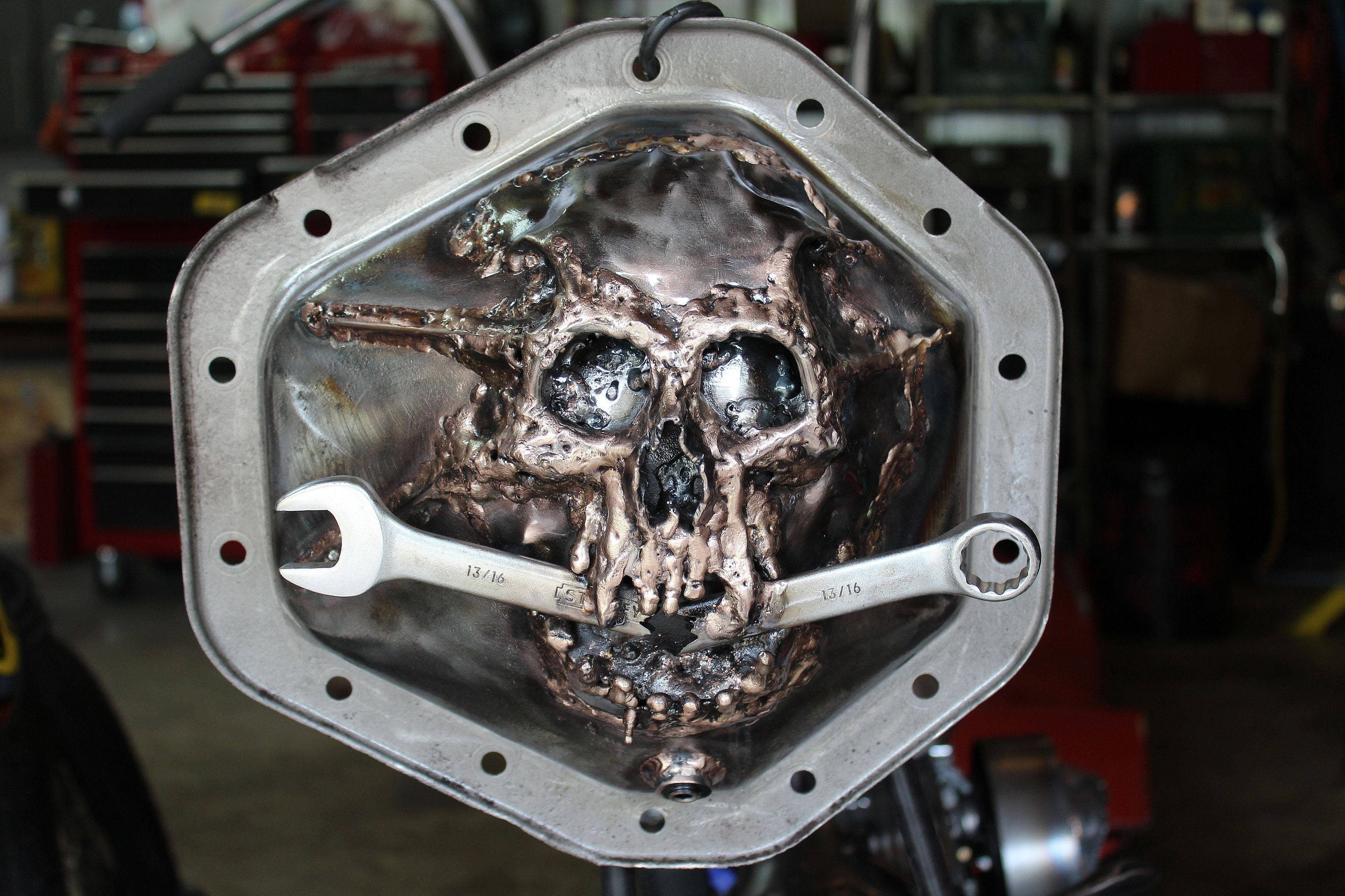 skull and wrench differential cover 1 ton gm 14 bolt rat rod