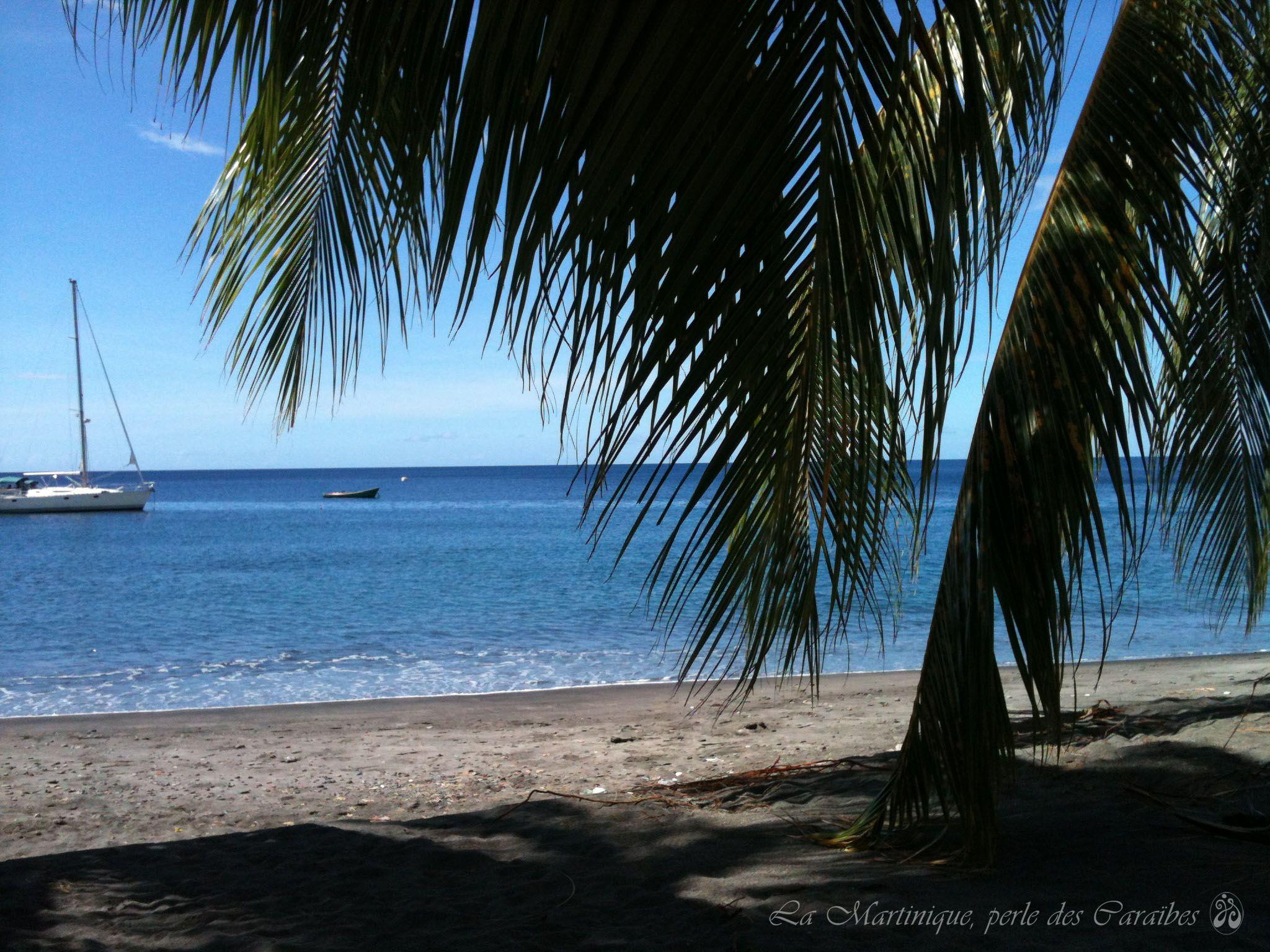 La Martinique, plage de sable noir