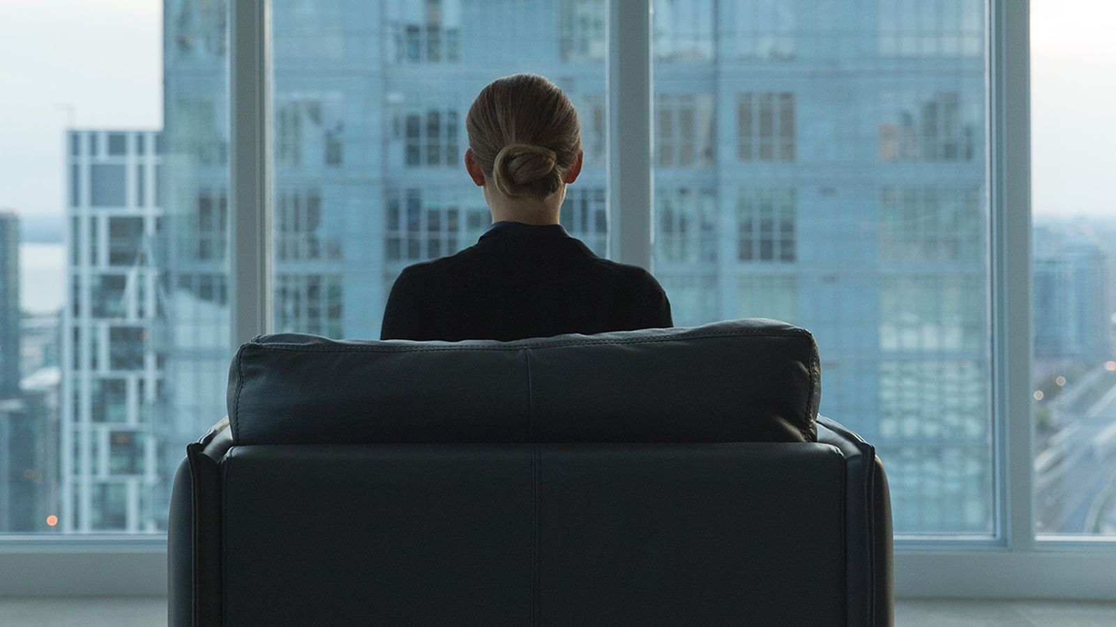 The Girlfriend Experience is, at times, irritating, captivating, uncomfortable, beautiful, heavy-handed, frightening, confusing, and a little bit dumb. The new Starz series is loosely inspired by...