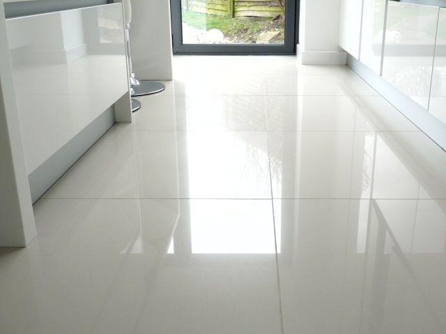 Download Wallpaper Big White Kitchen Wall Tiles