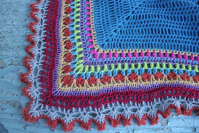 Sunday Shawl pattern by Alia Bland | Sunday Shawl colour options ...