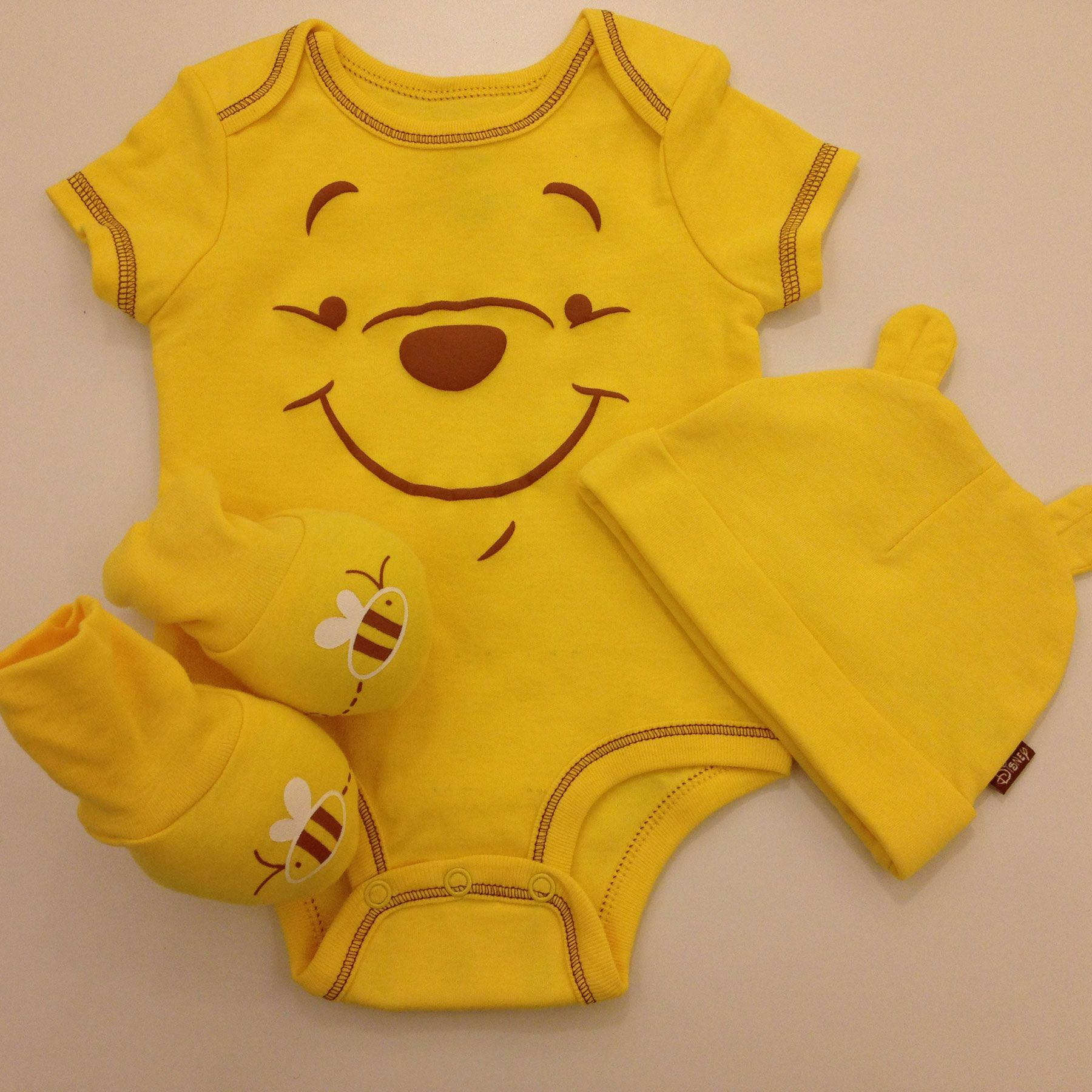 DISNEY WINNIE THE POOH 3 PIECE BABY OUTFIT SIZE NB 3 6 9 MONTHS NEW!
