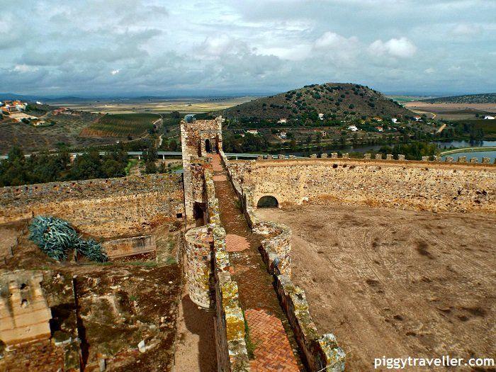 Medellín castle. http://www.piggytraveller.com/medellin-what-to-see/