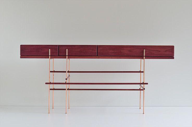 Gustavo bittencourt aparador verga stunning modern sideboards moveis arm rio und - Konsolentische modern ...