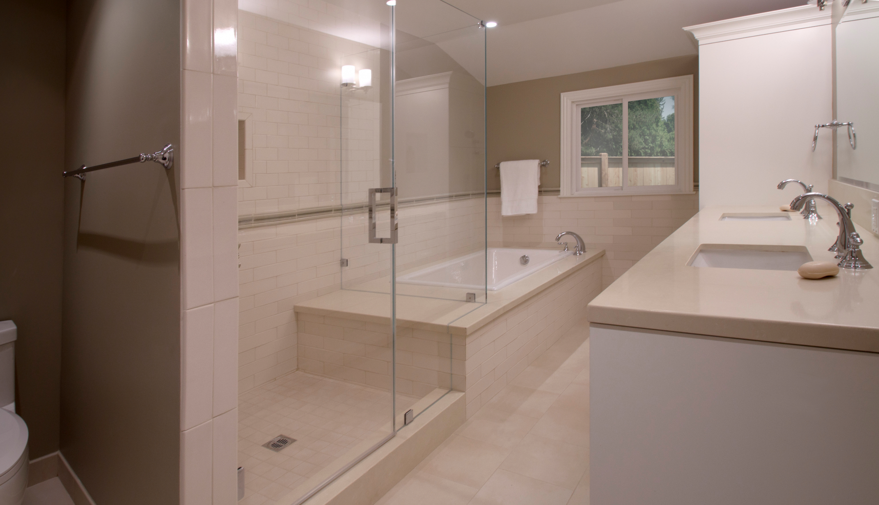 A large frameless glass shower and soaking tub | home | Pinterest ...
