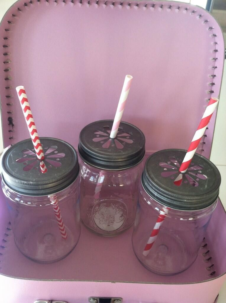 One can never have too many straws!!