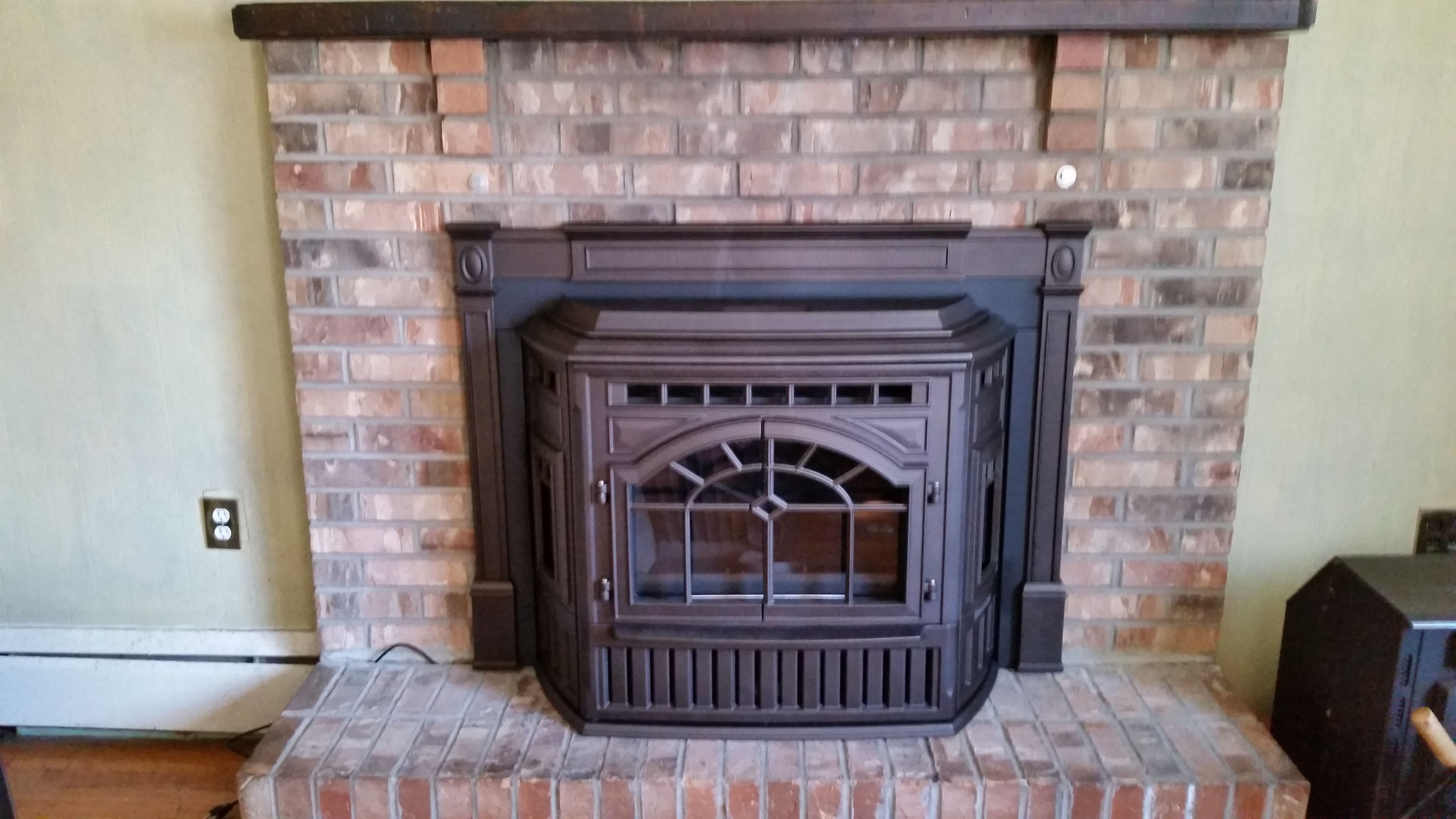 Recently Installed Quadra Fire E2 Pellet Insert Fireplace Stores
