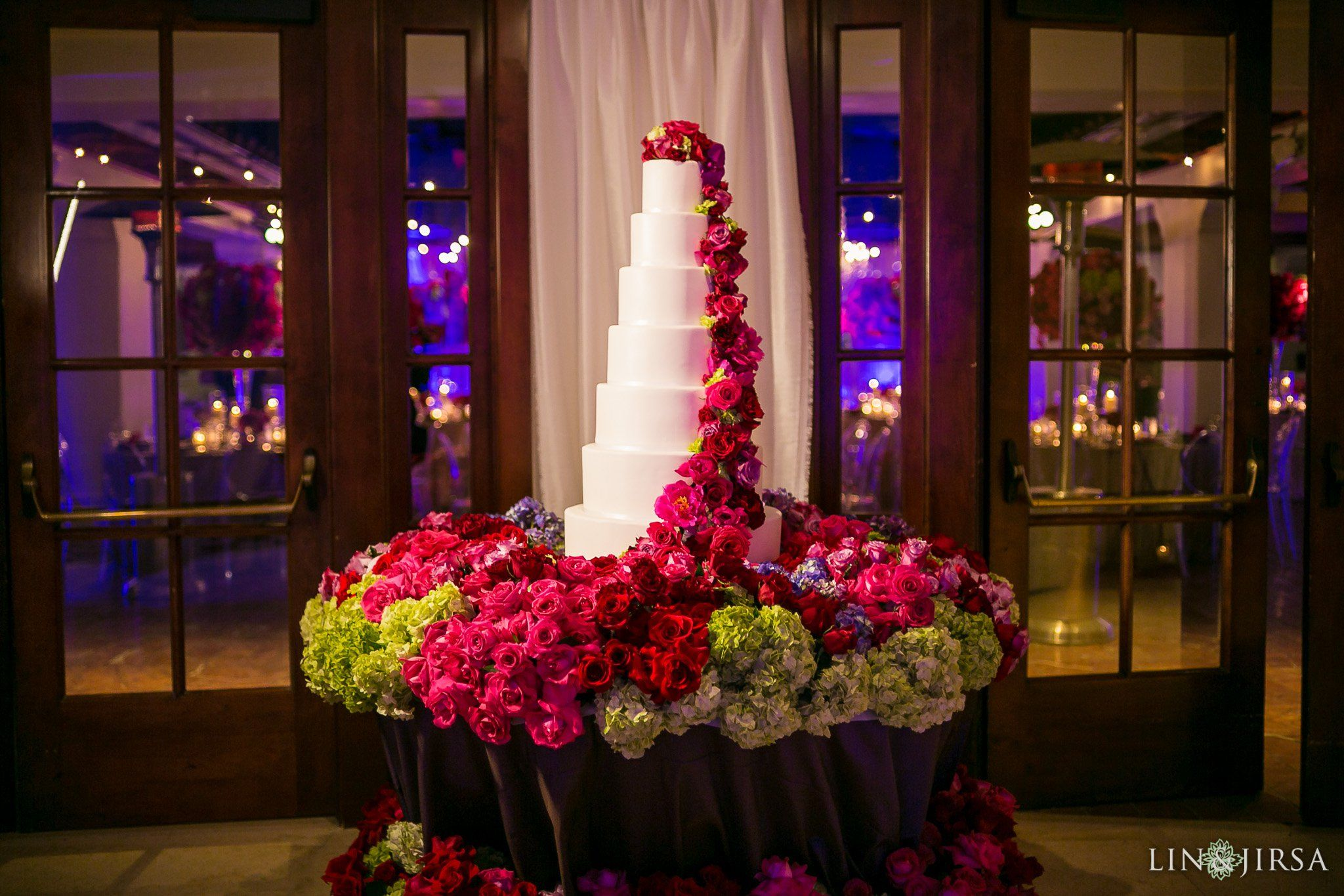 Bacara Resort Santa Barbara Wedding Santa Barbara Wedding Wedding Cake Display