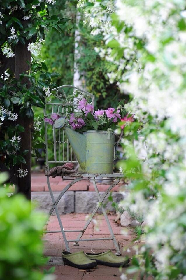 Pin Von Connie Auf Garten Garten Deko Garten Cottage Garten