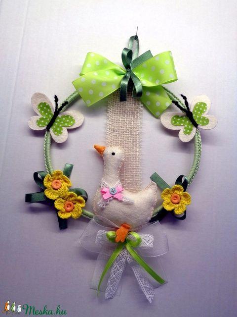 Spring Easter Door Ornament – with Goose, Butterflies (Buzsahandm …