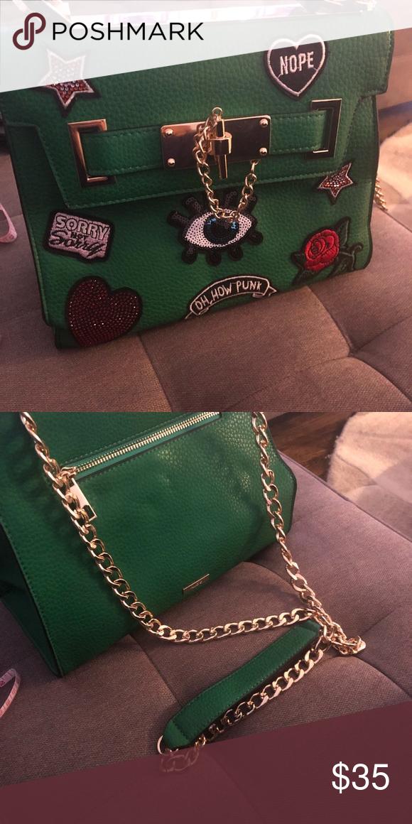 b2c037a631d Aldo Charms Bag Aldo Charms Bag in green Aldo Bags Shoulder Bags