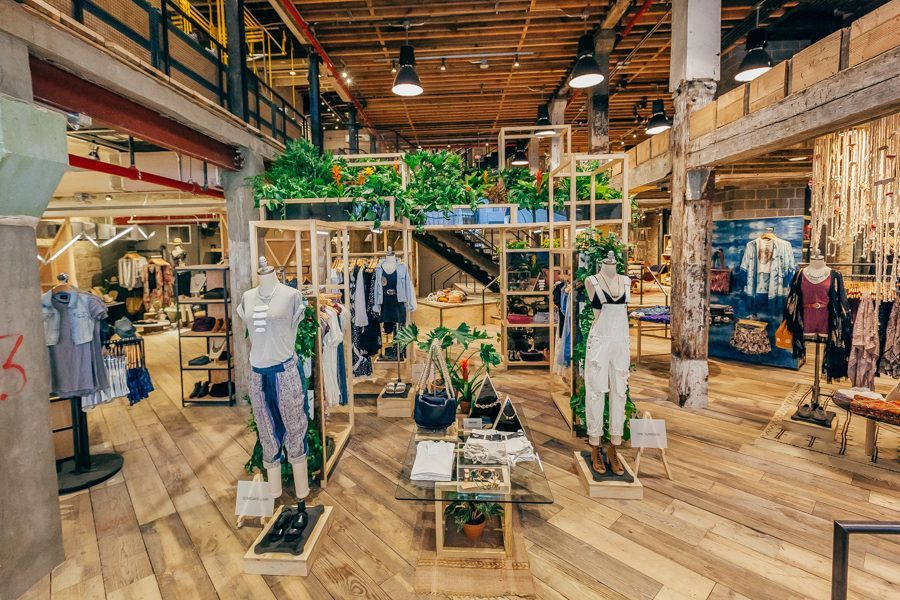 Photos Tour The Urban Outfitters Concept Store Space Ninety 8 Urban Outfitters Store Urban Outfitters Display Concept Store