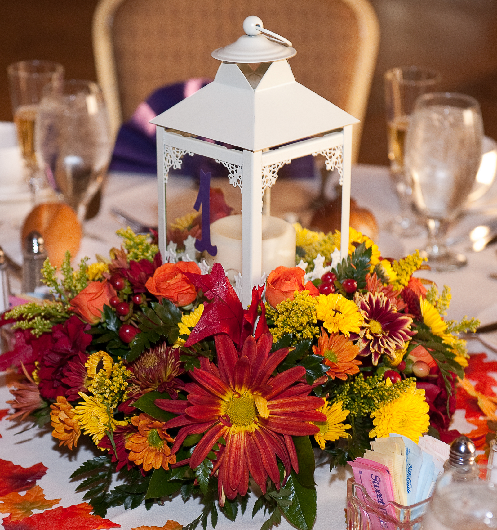 Cute Wedding Centerpiece Ideas: Centerpieces. Bought Lanterns Off Ebay (20 For Like 160