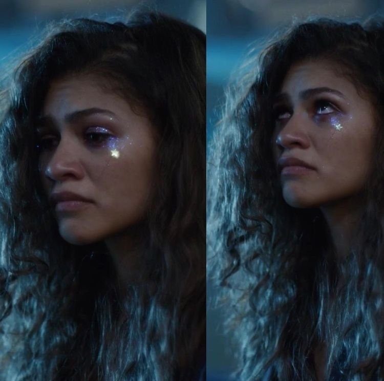 All The Euphoria Makeup Looks From Season One What They Mean I Am Co Euphoria Makeup Looks Zendaya Makeup