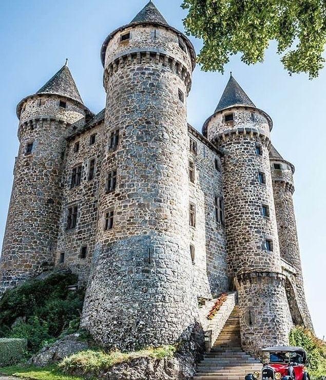 Château De Val Instagram P BXViMsfFZXz France   Village Expo Portet Sur  Garonn
