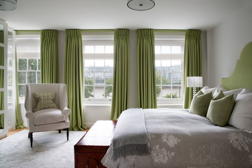 Decorating With Olive Green 30 Ideas For Fall And Beyond Https Freshome Com Decorating Grey Walls Living Room Olive Green Bedrooms Curtains For Grey Walls