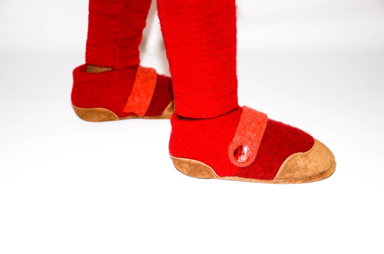 1f9023121b3c Eco-Friendly Classroom Slippers