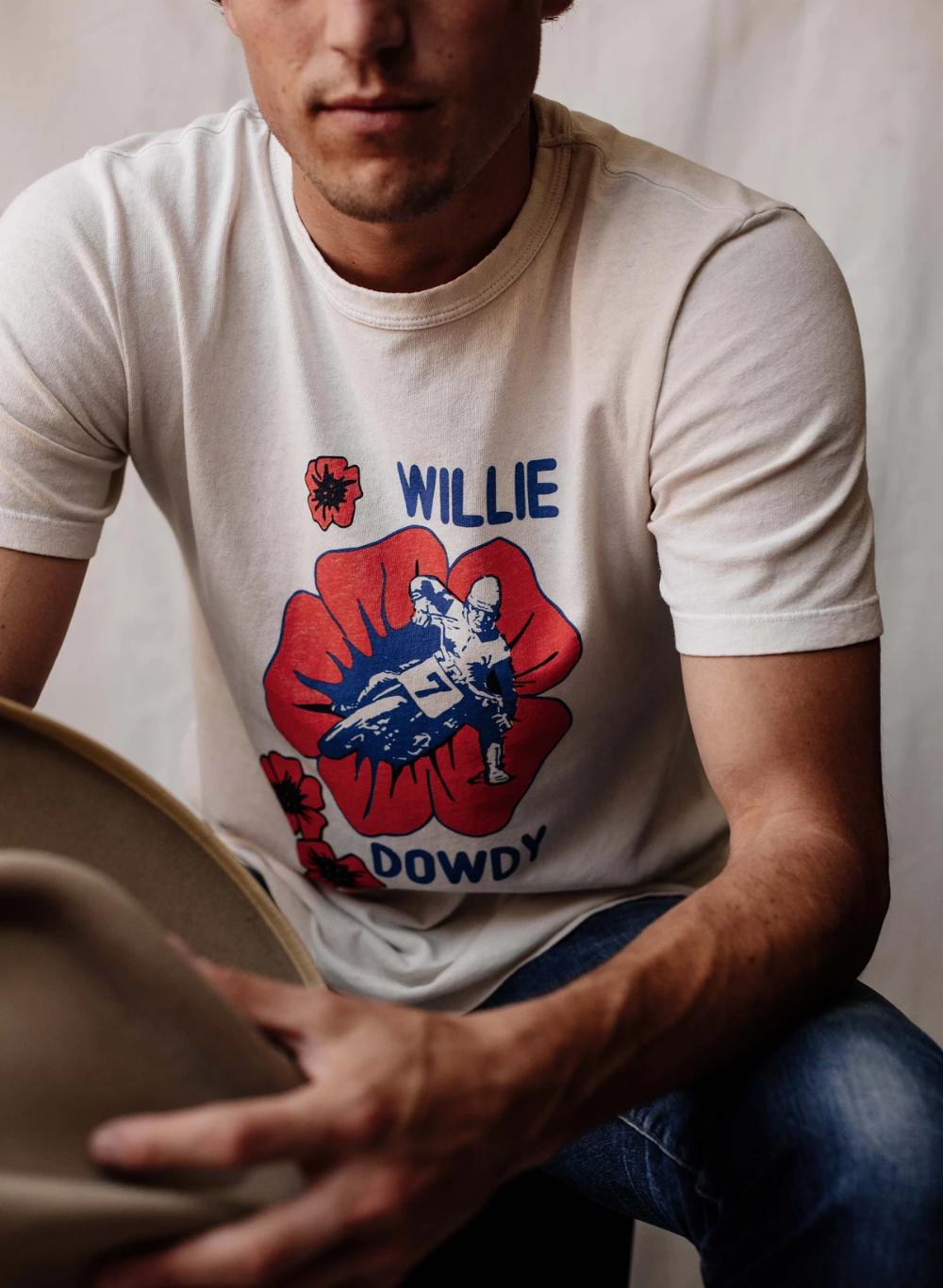 """The """"willie dowdy"""" tee in 2020 Tees, Vintage tees, Mens tops"""