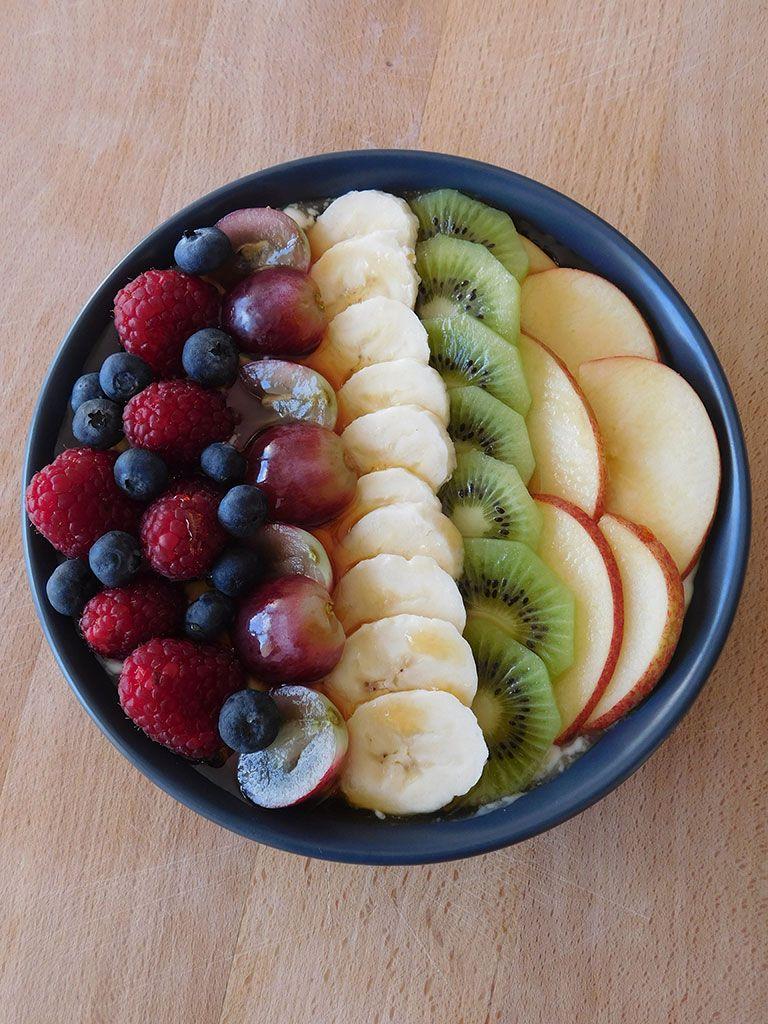 bol de fromage blanc aux fruits comida saludable en 2019. Black Bedroom Furniture Sets. Home Design Ideas