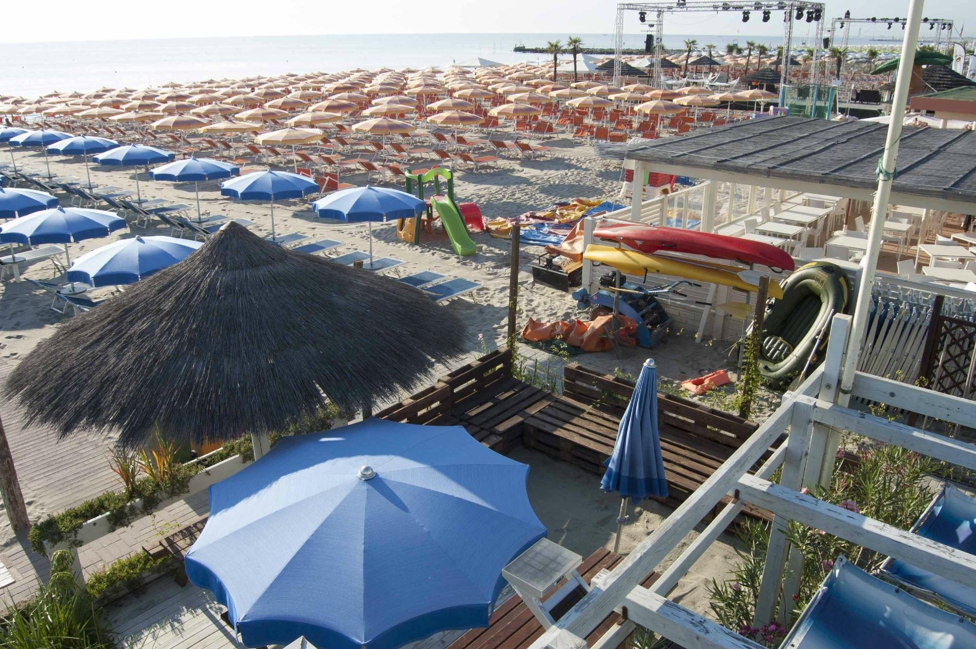 Bagno Flamingo Beach 283 Cervia Milano Marittima, Italy