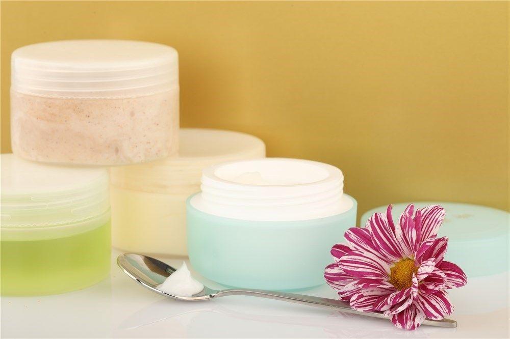 Crema de harpagofito, árnica y aceites esenciales para