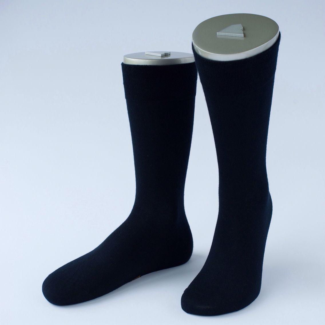 MonteAntelao socks in Marine color⚓️ #rocksock #rocksockofficial #monteantelao #marine #blue #socks #goodmorning #ootd #outfit #wear #menswear #fashion #mensfashion #style #mensstyle #men #luxury #colorful #gentlemen