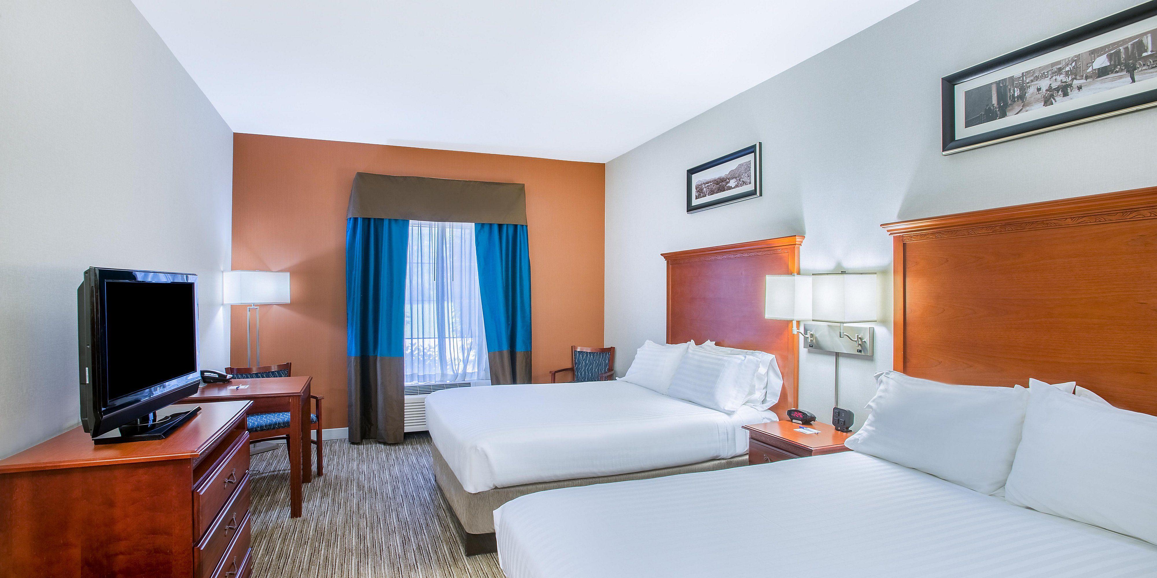 Hotel In Brattleboro Vt Holiday Inn Express Brattleboro Ihg With Images Holiday Inn Madrid Restaurants Hotel Suites