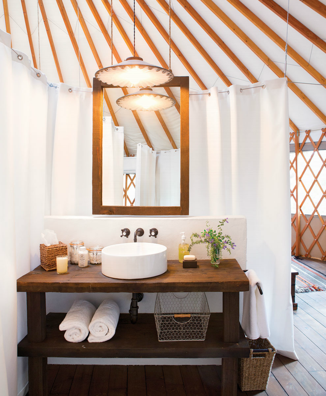 Salle De Bain Yourte ~ 10 modern yurts you could totally live in