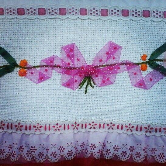 Sabanita de Flores Rosas Con Moño