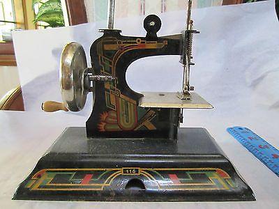 VINTAGE CASIGE CHILDS SEWING MACHINE #116 GERMAN TIN/METAL TOY SEWING MACHINE