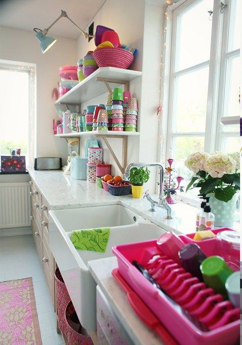 Love how colorful this kitchen is \u003c3 Interior Pinterest