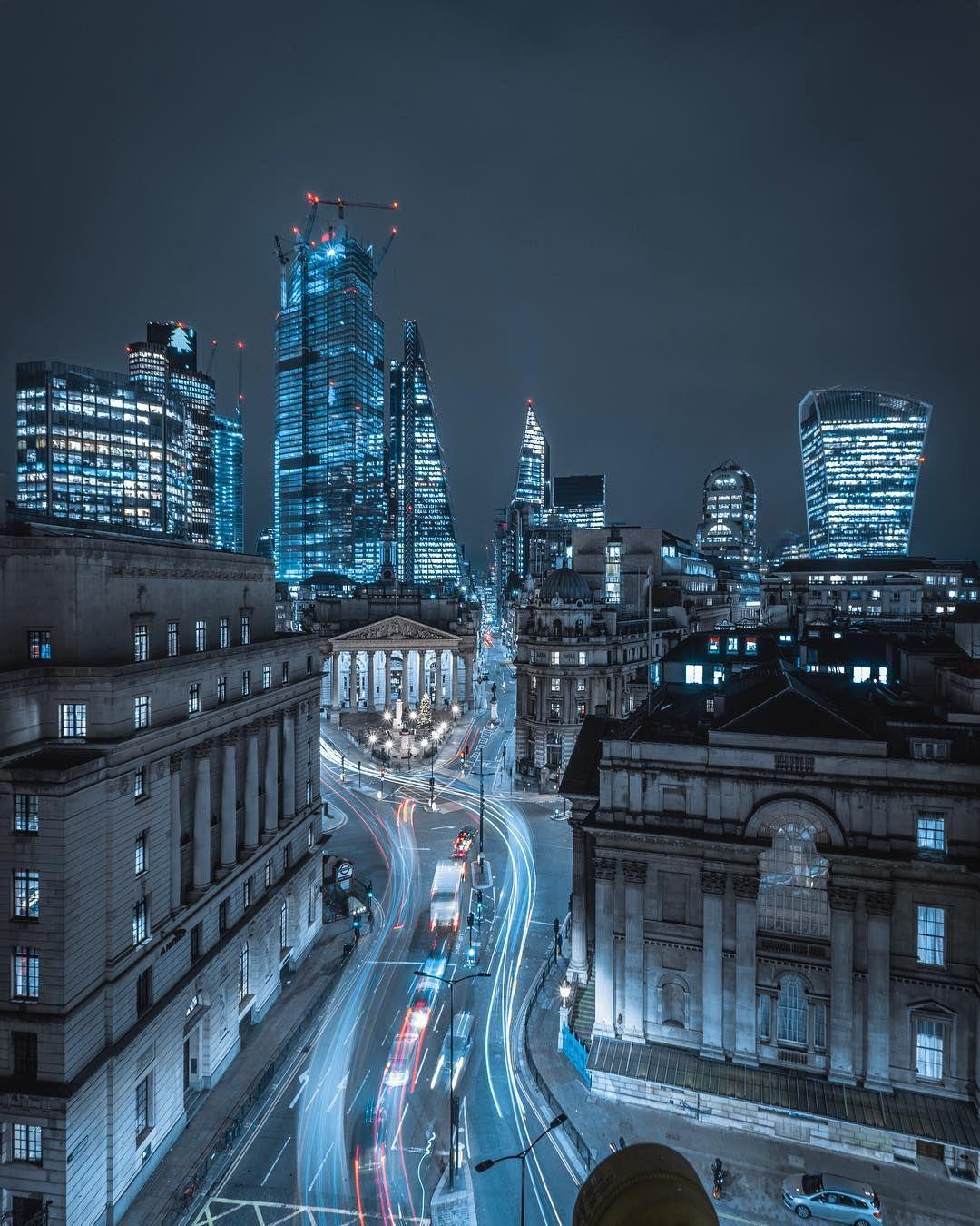 Moody Street Photos Of London After Dark By Luke Holbrook London Photos London Photography City Aesthetic