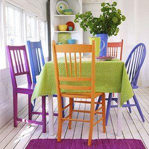 Colorful Dining Room Tables cadeiras diferentes se harmonizam com cores vibrantes | my style