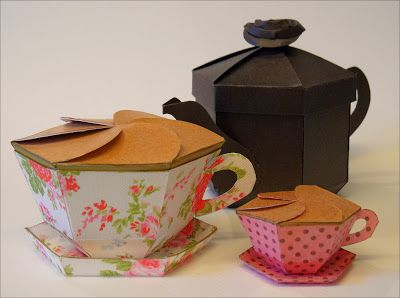 Teapot Treats gift box with teacup boxes
