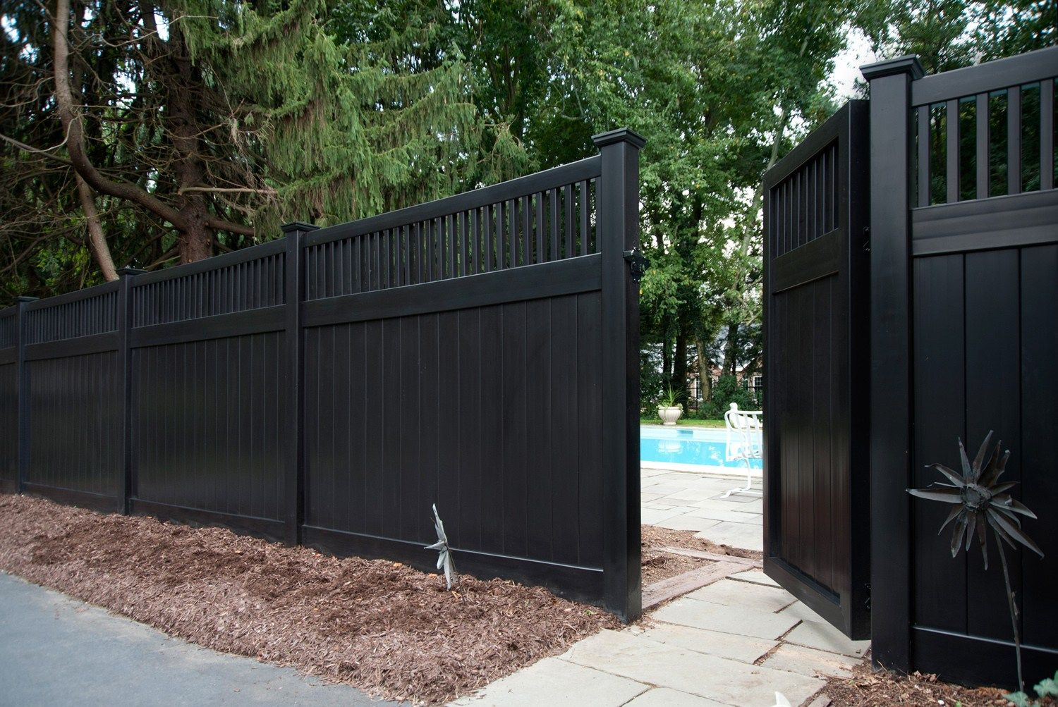 Images Of Illusions Pvc Vinyl Wood Grain And Color Fence Fence Design Vinyl Fence Vinyl Fence Panels
