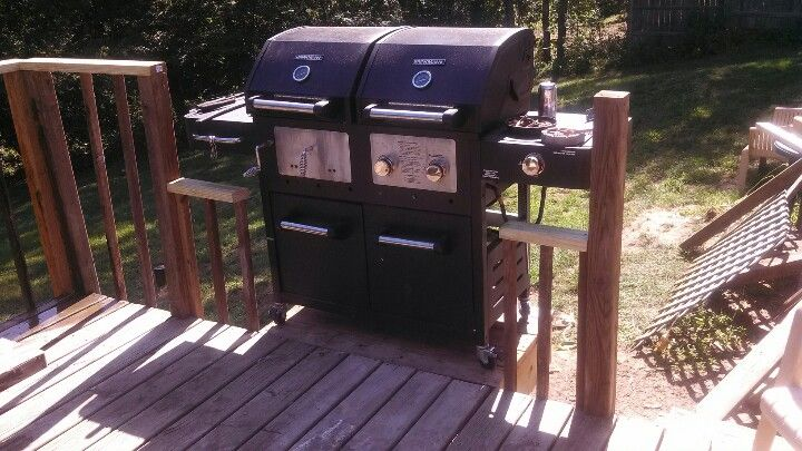 Bump Out On The Deck For The Grill This Really Free S Up Floor Space Deck Grill Decks Backyard Deck Kitchen Ideas