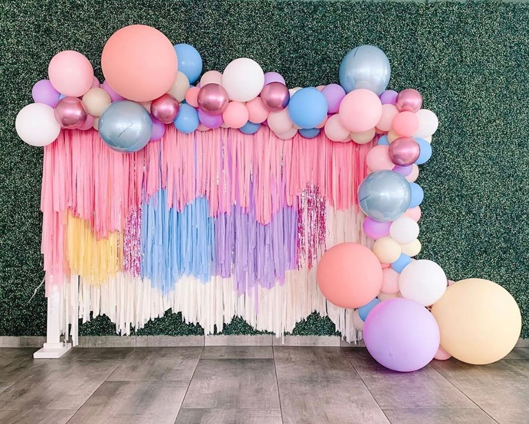 """Linda Varela on Instagram: """"Every little girls dream.... text or dm for pricing and booking. I can custom make streamer wall to any color. #partyplanner #balloons…"""" #streamerbackdrop"""