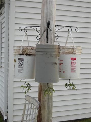 Bon Homemade Updside Down Tomato Planters. Homemade Topsy Turvy Type Tomato  Planters From 5 Gallon Buckets. Easy To Make Hanging Tomato Planters.