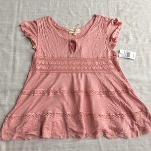 Tops - NWT Pink Crochet Top Medium