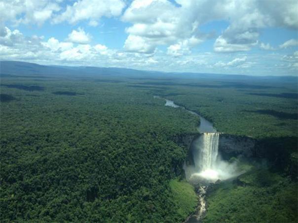 Espectaculares caídas de agua en el mundo