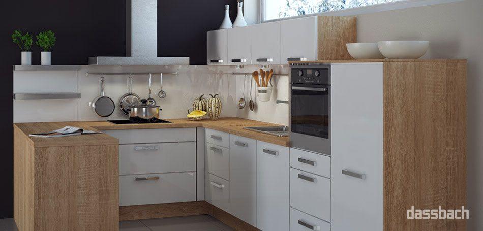 Frei geplante Einbau-Küche in U-Form in Weiß & Holz | Küchen ...