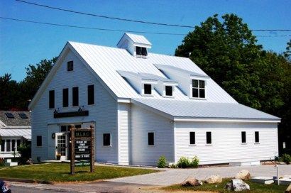The Maine Lakes Resource Center In Belgrade Lakes Maine Offers Great Programs Throughout The Summer Belgrade M Metal Roof House Styles Metal Roofing Systems