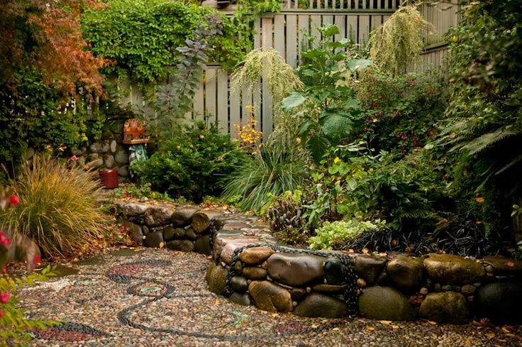 mosaic stone path | Found on agrowingobsession.com